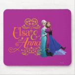 Elsa y Ana que se colocan de nuevo a la parte post Alfombrillas De Ratones