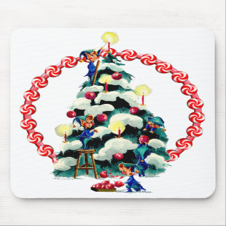 ELVES, TREE & CANDY WREATH by SHARON SHARPE Mouse Pad