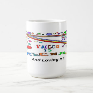 Embarazada amándolo taza de café