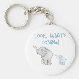 Embarazo azul del elefante llavero redondo tipo pin