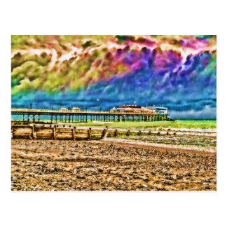 Embarcadero colorido de Cromer Postales