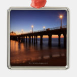 Embarcadero en la puesta del sol, California de Adorno Navideño Cuadrado De Metal