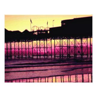 Embarcadero en la puesta del sol, Sussex, Inglater Flyer A Todo Color