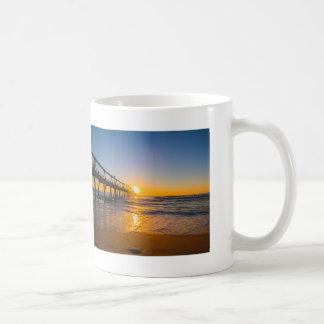 Embarcadero en la taza de café de la salida del