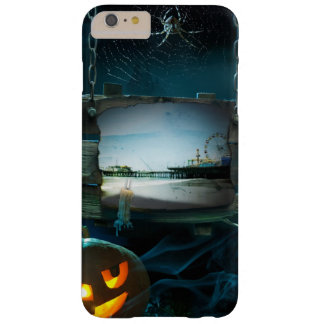 Embarcadero fantasmagórico de Halloween Santa Funda Para iPhone 6 Plus Barely There
