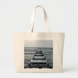 Embarcadero viejo del invierno bolsa de mano