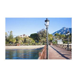 Embarcadero y playa en Marbella Impresiones En Lona