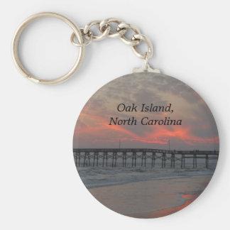 Embarcadero y puesta del sol - isla del roble NC Llavero Personalizado