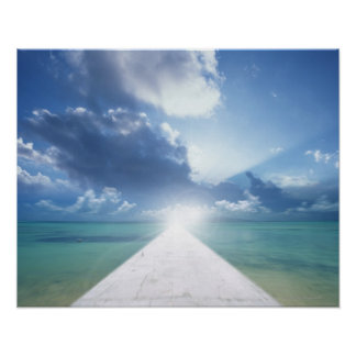 Embarcadero y sol póster
