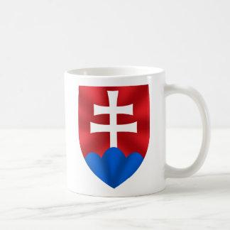 Emblema de Eslovaquia para Slovaks Taza