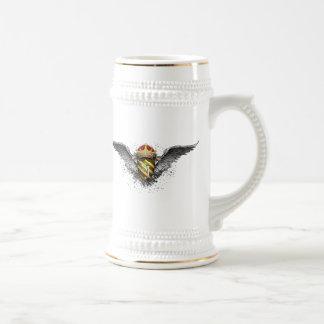 Emblema de la corona, del escudo y de las alas por taza