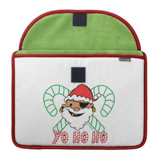 Emblema de Santa del pirata Funda Para Macbook Pro