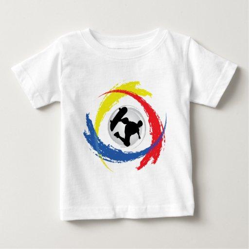Emblema tricolor que anda en monopatín playera de bebé