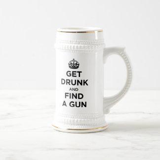 Emborráchese y encuentre un arma - para guardar la jarra de cerveza