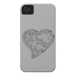 EMBOSSED SILVER DROPLET HEART iPhone 4 Case-Mate CASE