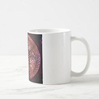 EMBOSSED VINTAGE VELVET DESIGN COFFEE MUG