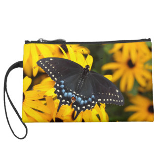 Embrague sueded Swallowtail negro