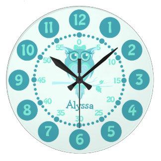 Embroma el reloj de pared lindo del verde azul de
