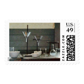 Embudos, frascos y crisoles timbre postal
