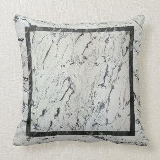 Embutido de mármol cojin