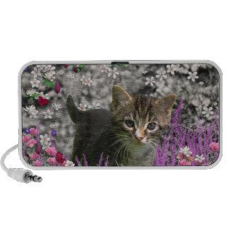 Emma en flores I - pequeño gatito gris Laptop Altavoz