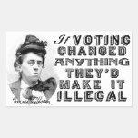 Emma Goldman que vota a los pegatinas de la cita Pegatina Rectangular