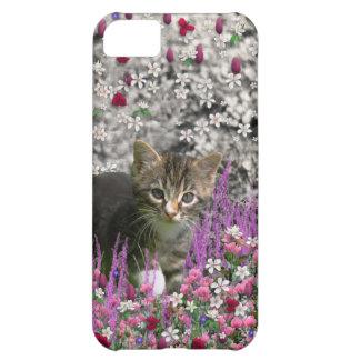 Emma in Flowers I – Little Gray Tabby Kitten Cover For iPhone 5C