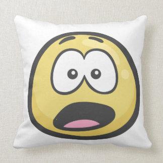 Emoji: Cara angustiada Cojín