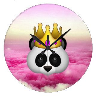 Emoji coronó la panda reloj redondo grande