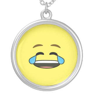 Emoji de risa colgante redondo