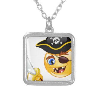 emoji del pirata colgante cuadrado