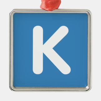 Emoji Twitter - Letter K Adorno Navideño Cuadrado De Metal