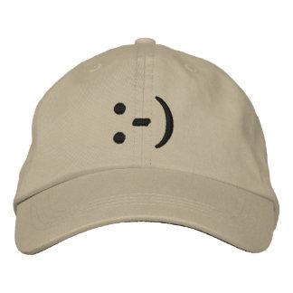 Emoticon, cara sonriente gorros bordados