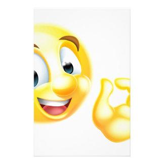 Emoticon perfecto aceptable de Emoji de la muestra Papelería De Diseño