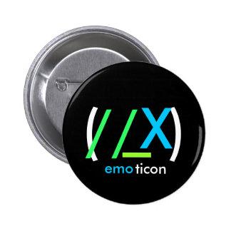 emoticon (//_X) Pin Redondo De 2 Pulgadas