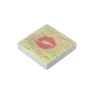 emotional kiss red stone magnet