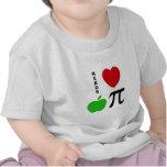 Empanada de Apple de amor de los empollones Camisetas