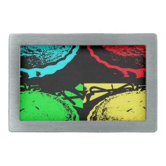 empanada de la cereza del arte pop con un desmoche hebilla cinturon rectangular