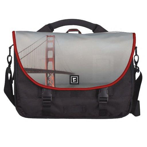 Empañado en Golden Gate Bolsa De Ordenador