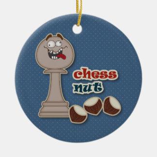 Empeño del ajedrez, nueces del ajedrez y castañas ornamente de reyes