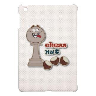 Empeño del ajedrez, nueces del ajedrez y castañas iPad mini carcasa
