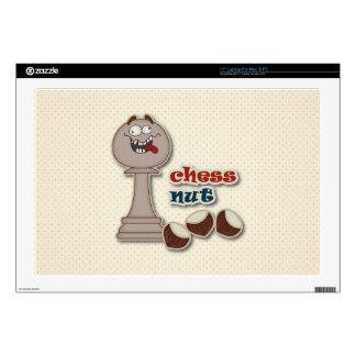 Empeño del ajedrez, nueces del ajedrez y castañas calcomanía para portátil