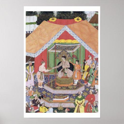 Emperador Akbar (r.1556-1605) entretenido por su f Poster