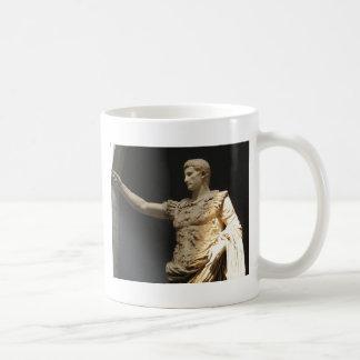 Emperador Constantina, primer emperador romano cri Taza Básica Blanca
