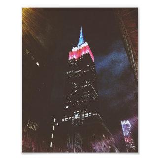 Empire State Building: Blanco y azul rojos Fotografía