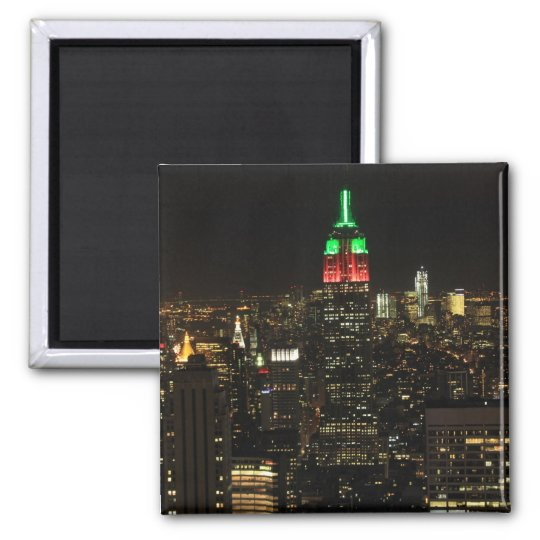 Empire State Building Christmas Colors at night 01 Magnet