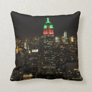 Empire State Building Christmas Colors at night 01 Throw Pillow