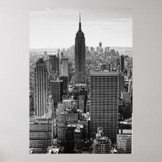 Empire State Building del horizonte de la ciudad Poster