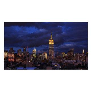 Empire State Building en el cielo amarillo, crepus Plantilla De Tarjeta De Negocio
