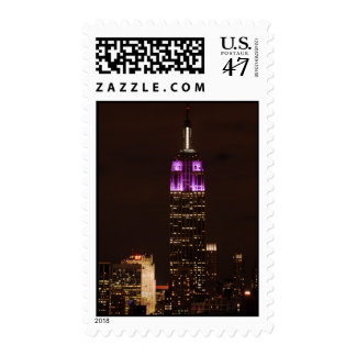 Empire State Building en púrpura y el blanco 01 Estampillas